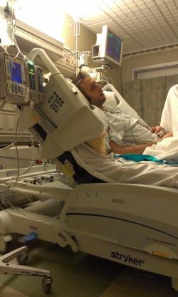 Derek snoozing in the ICU.