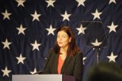 Kelly Ayotte introducing Scott Brown.